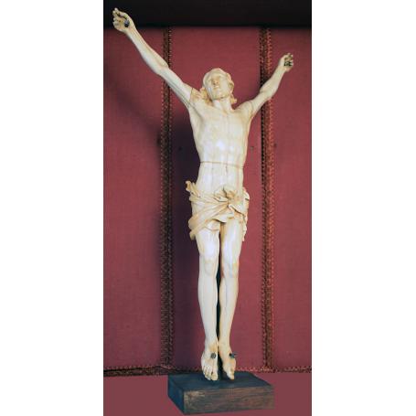 La Sculpture du Christ en ivoire. S: XVIII