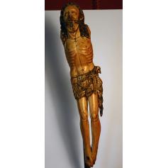A escultura do Cristo en marfil. S: XVI