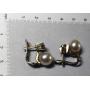 Ensemble de boucles d'oreilles en or blanc de loi avec des diamants brillants et de perles