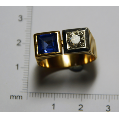 Ring type Chevalière in yellow gold