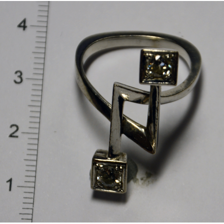 "Ring type ""you and me"" in white gold"