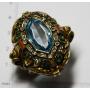 Wichtige ring in silber mit der aussicht auf gold