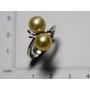Bague, en or blanc et perles