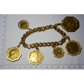 Maglie del bracciale in oro