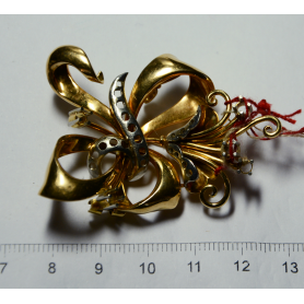 Brooch-needle in yellow gold