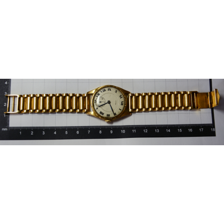Watch CYMA wristwatch on gold