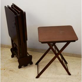 Ensemble de 4 petites tables, nid de pliage en bois