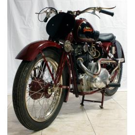 Motocicleta Marca: ESTÁNDAR REX. 350cc. 1935.