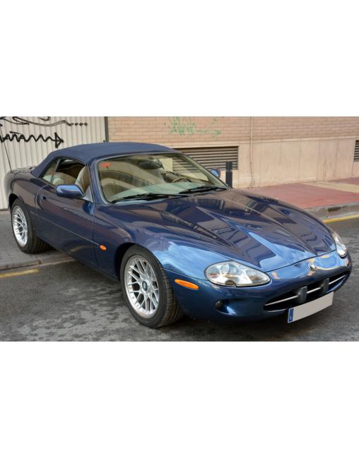 Jaguar XK8 Convertible 1997 - Artsvalua