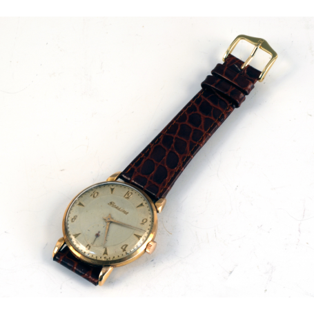 Reloj de pulsera  en oro amarillo de ley. Marca: Parsine.