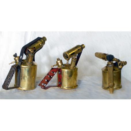 Lote de 3 soldadores sopletes. Siglo XIX.