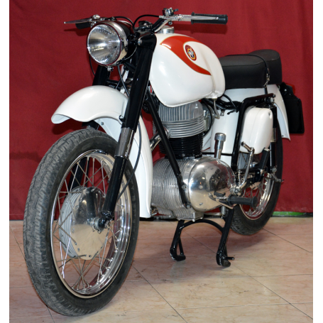 MV. Modelo DT. 235cc. 1968