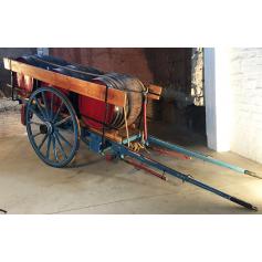 Carro de tracció animal. Rústic. Bocoi. Al voltant de l'any:1900-10.