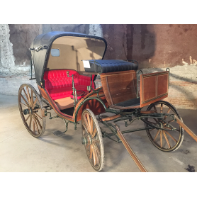 Buggy, collection, animal traction. Circa:1890-1900.
