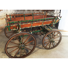 Carriage of animal traction. Rustic. Circa: 1950-60.