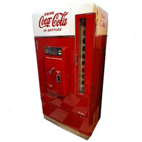 Macchina distributore di Coca Cola. Vendo 110. 1956.