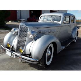 Packard 120. Berline. 4622cc. 1936