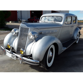 Packard 120. Sedan. 4622cc. 1936