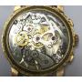Orologio da polso in oro giallo di legge.