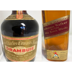 Lote de 2: Drambuie y Johnnie Walker Red Label. 50s-60s-80s.