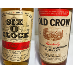 Lote de 2: Six o´clock, Old Crow. 70s.