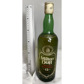 Milton Duff Whisky Malta. 80s.