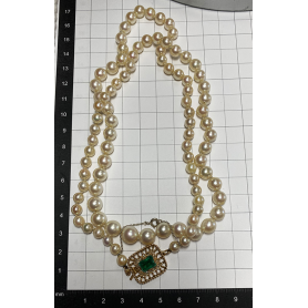 Opera necklace with pearls from the south seas, 18k gold clasp.