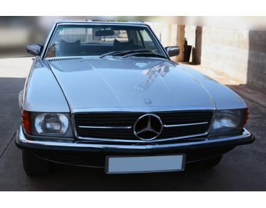 El Mercedes conquistador desde la costa oeste a Costa de Marfil